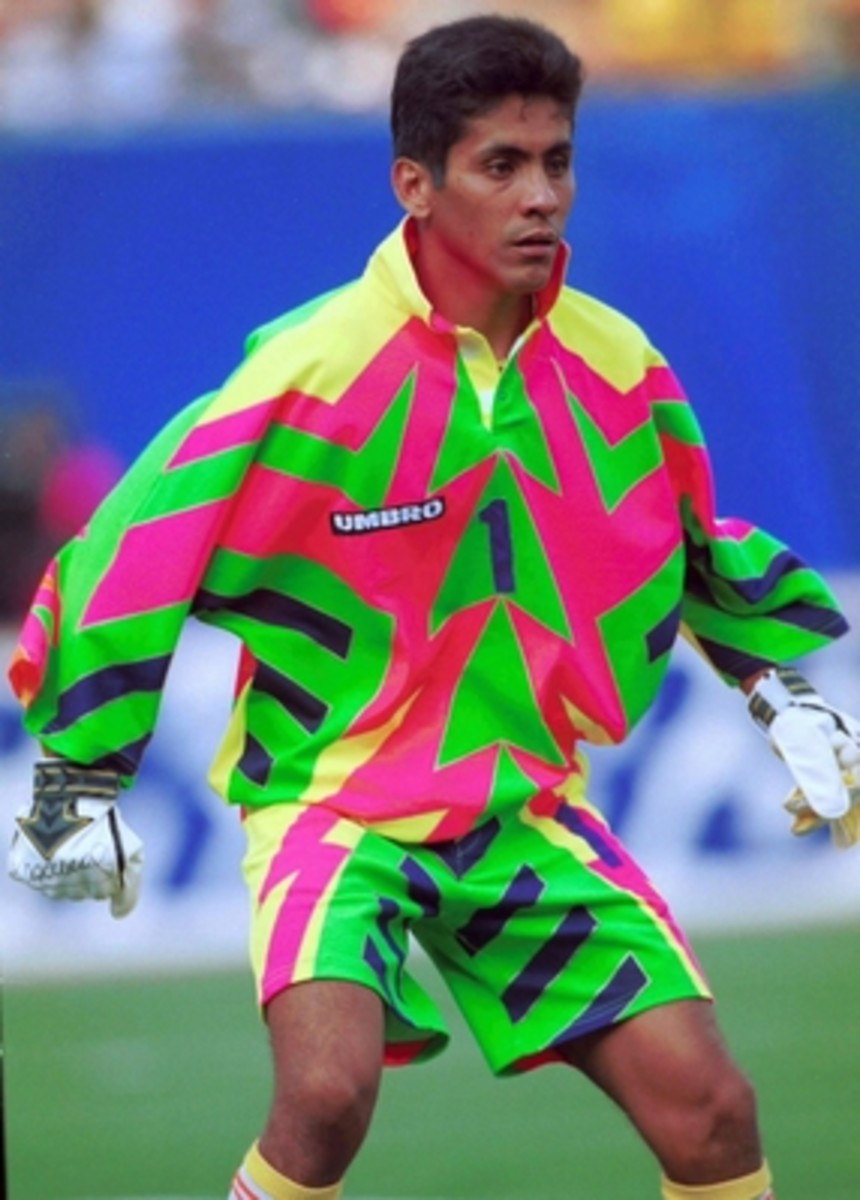 Jorge Campos started as goalkeeper for Mexico in two FIFA World Cup tournaments: 1994 and 1998.