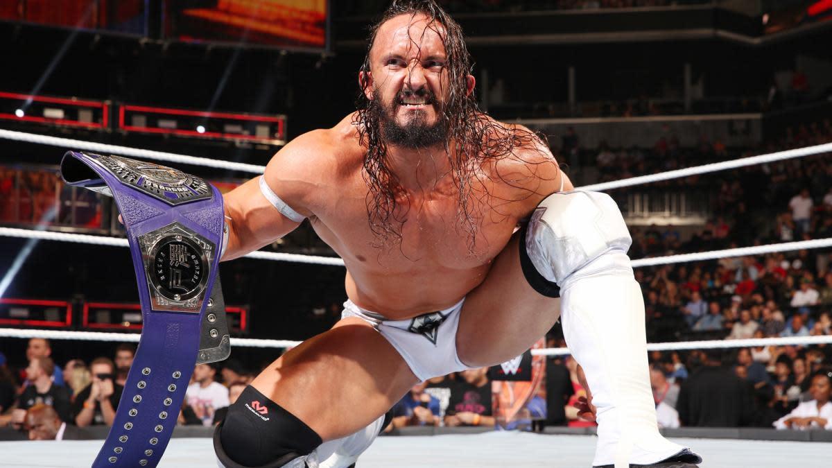 Neville vs. Enzo Amore
