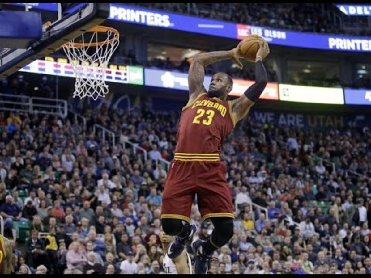 Lebron James is one of the best in-game dunkers in league history.