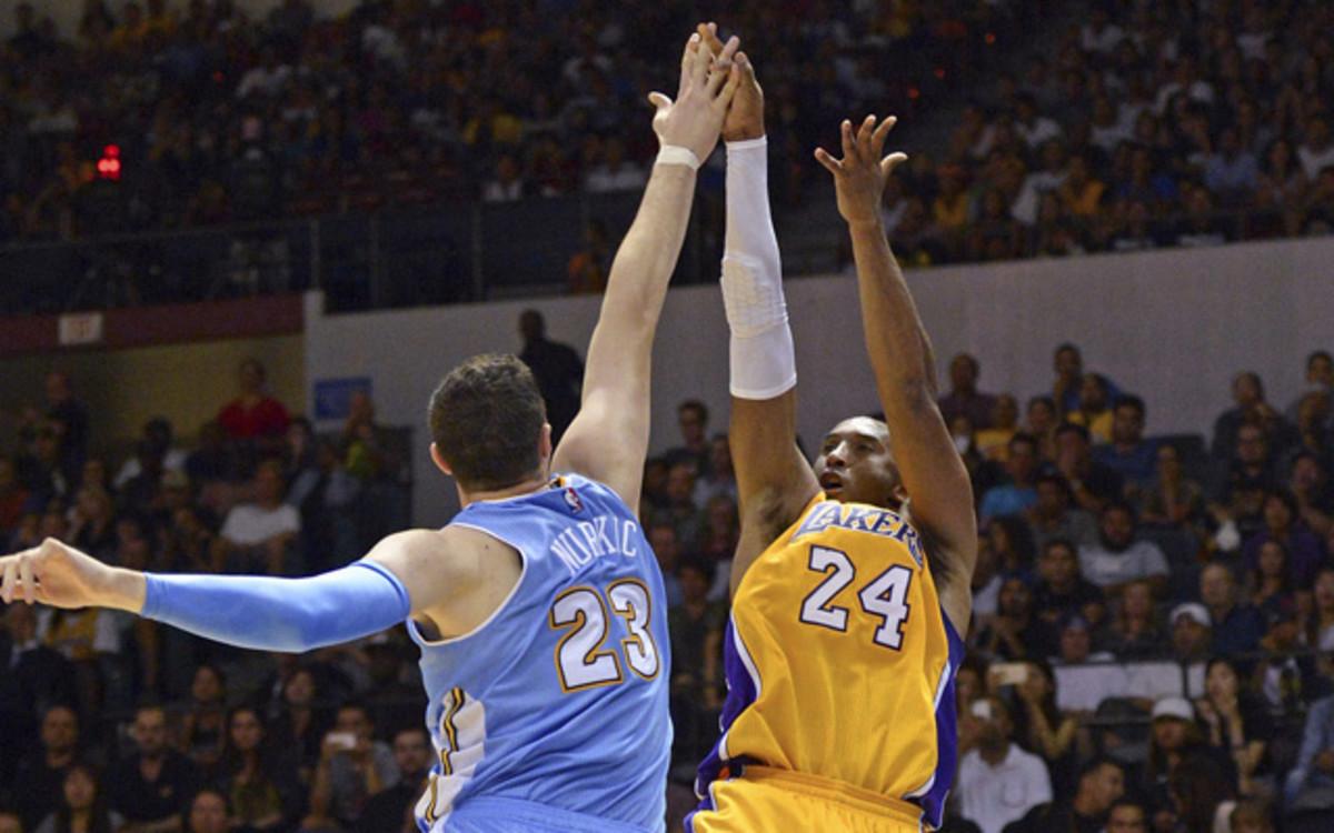 Kobe Bryant emulated Michael Jordan's patented fadeaway shot.