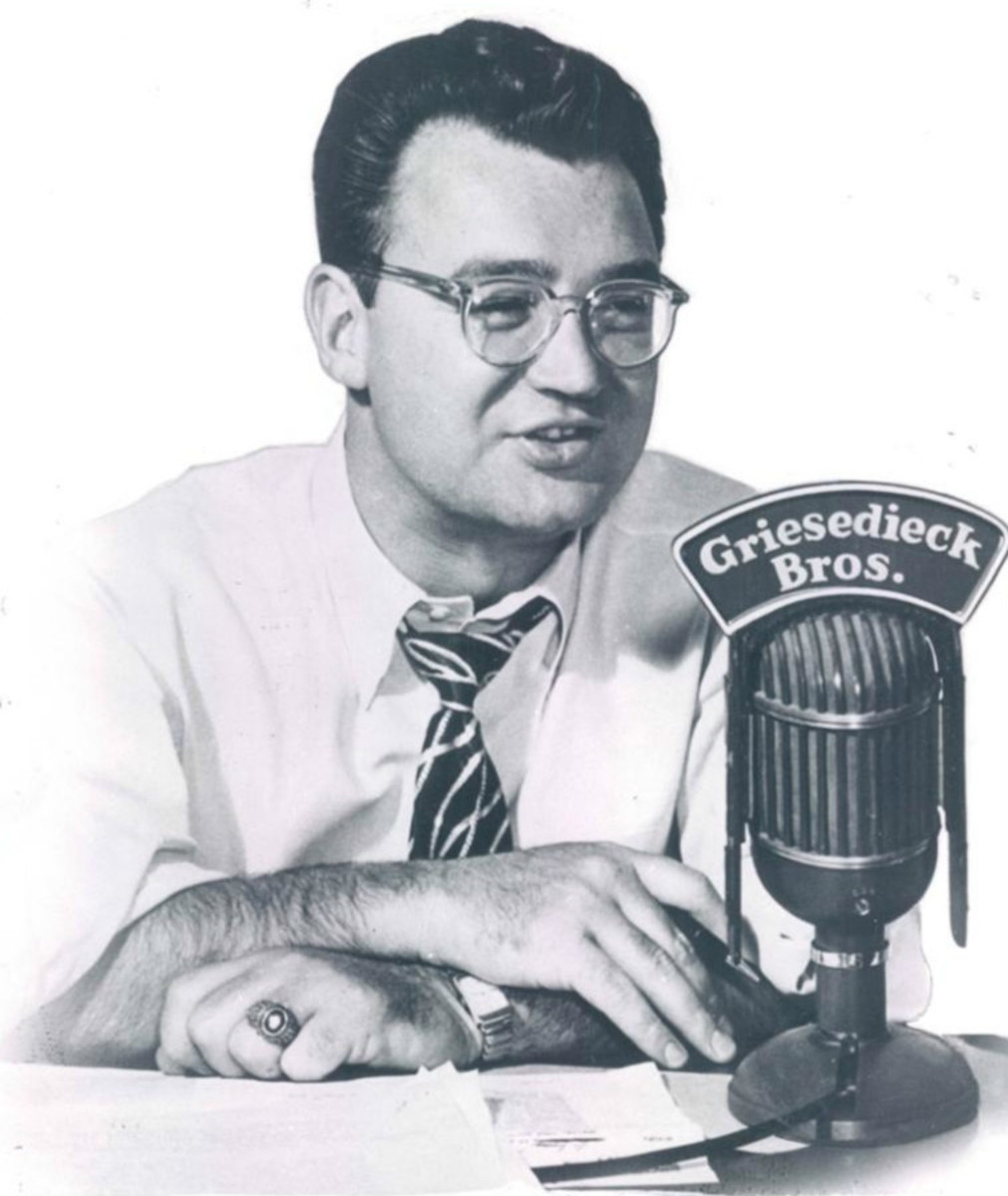 """Chicago announcer Harry Caray occasionally sung """"Take Me Out to the Ballgame"""" in the seventh inning."""