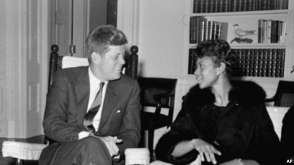 Wilma Rudolph with President John F. Kennedy.