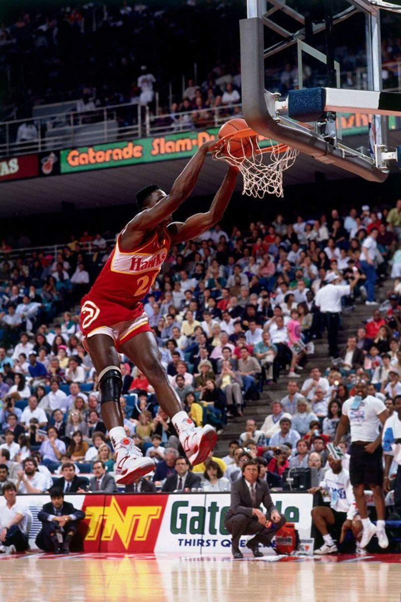 Dominique Wilkins was literally a walking human highlight reel.