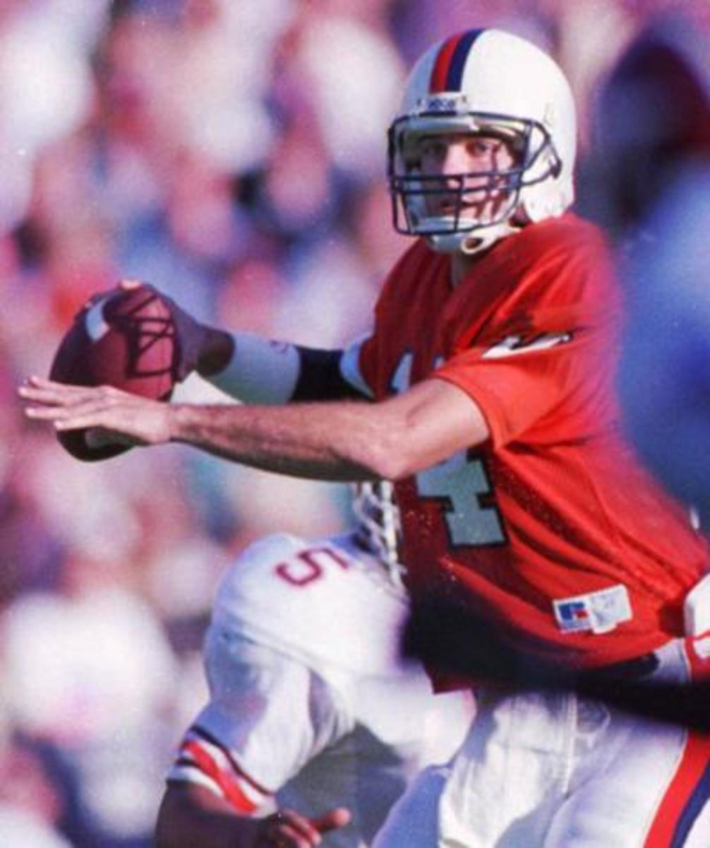 25 Tallest Quarterbacks to Ever Play in the NFL