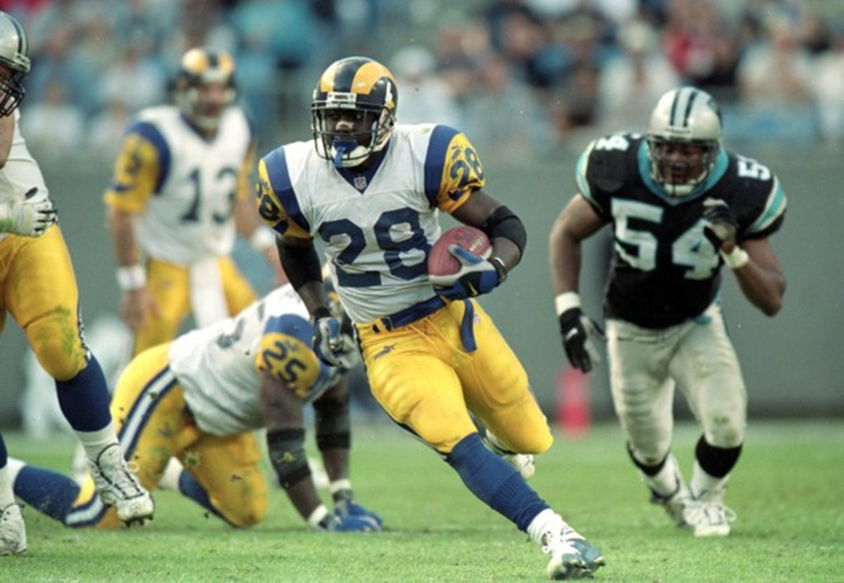 Marshall Faulk (center)