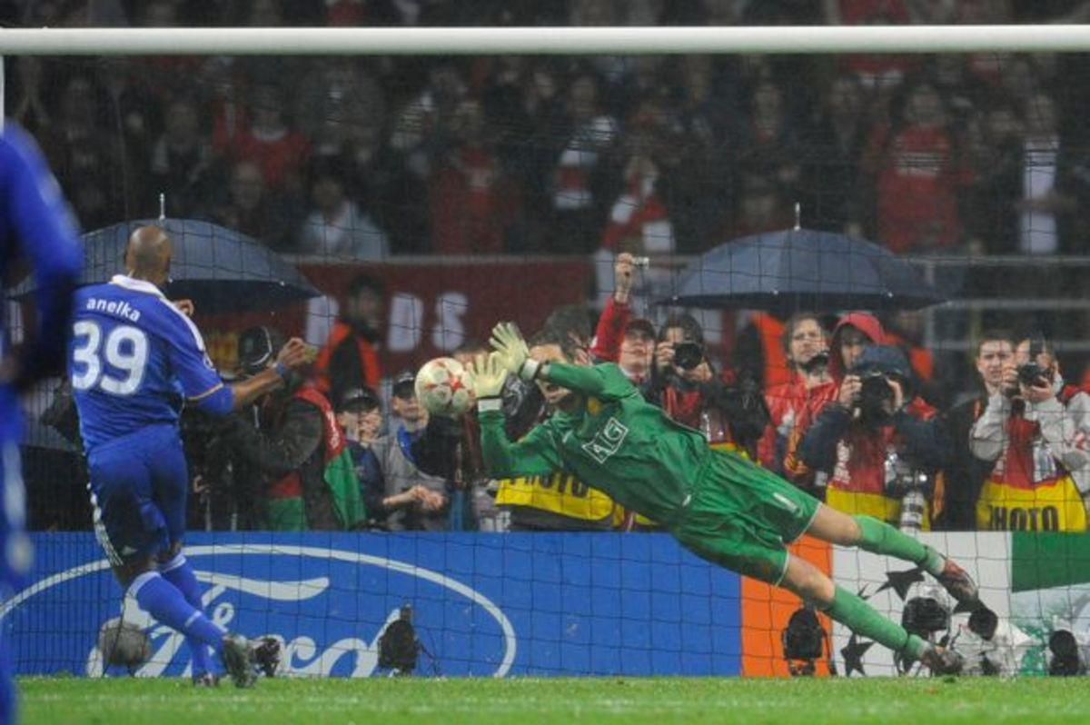 Anelka during the final penalty at the 2008 Champions League Final