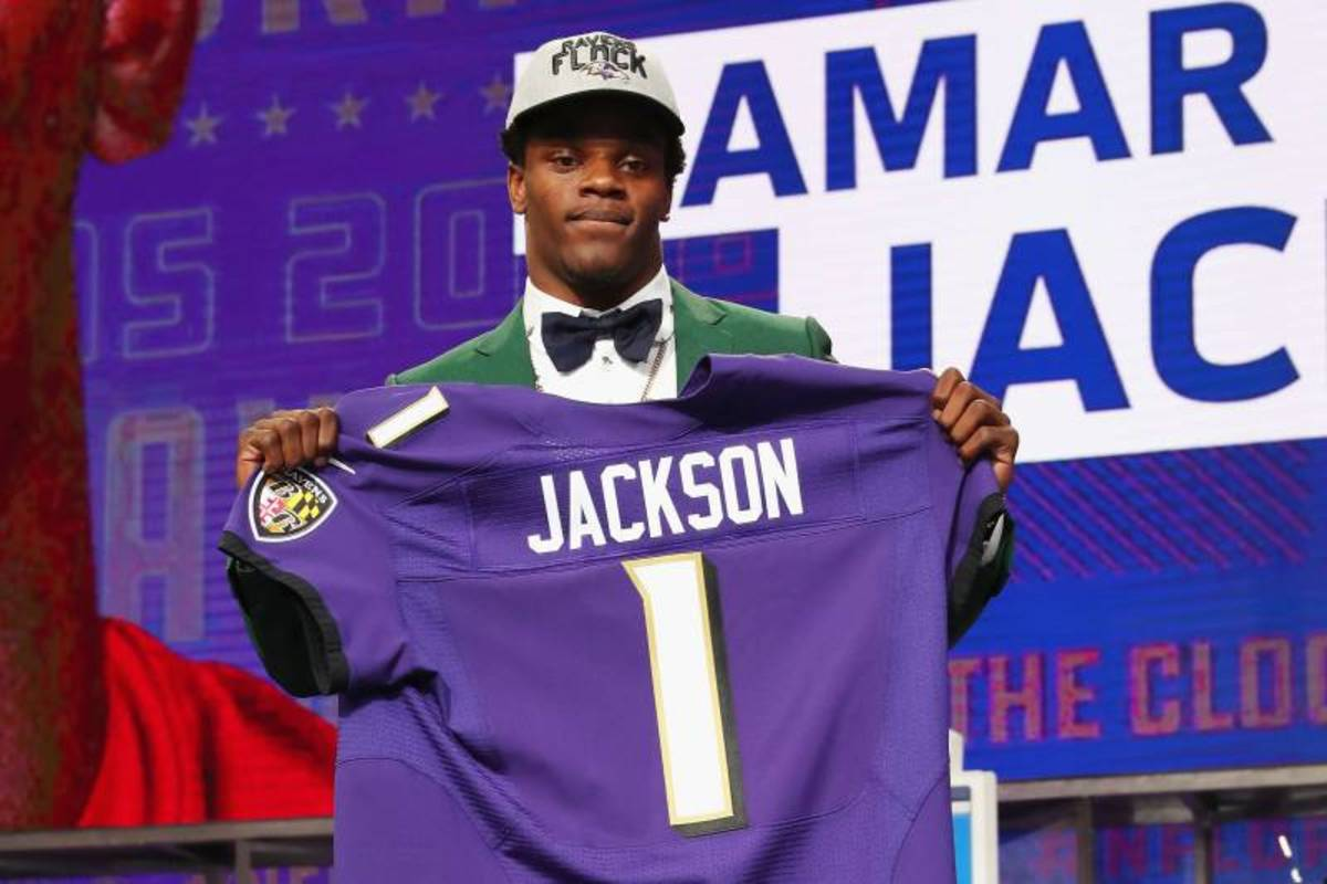 Lamar Jackson was selected by the Ravens with the 32nd pick in the 1st round of the 2018 NFL draft.