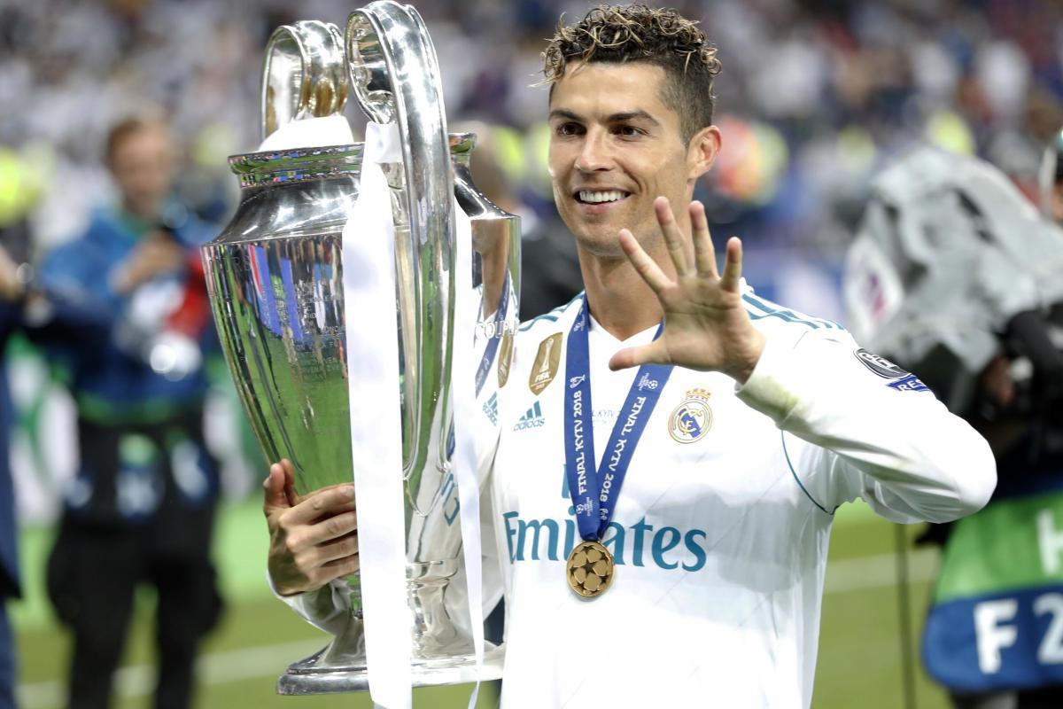 Cristiano Ronaldo with his FIFTH Champions League.