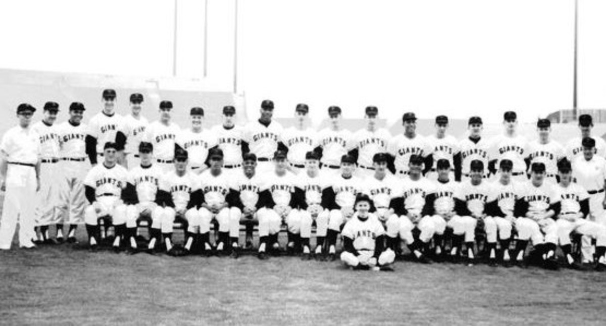 1962 Team.  The foggy surroundings were a perfect display of conditions at Candlestick.