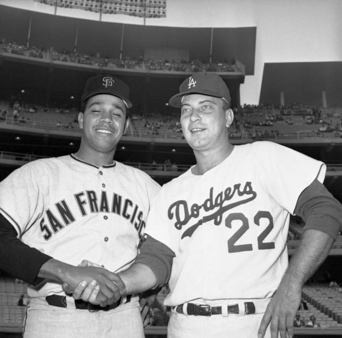 Marichal and Podres before Game 3.
