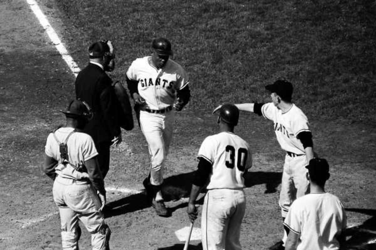 Willie Mays after his second homer of Game 1.