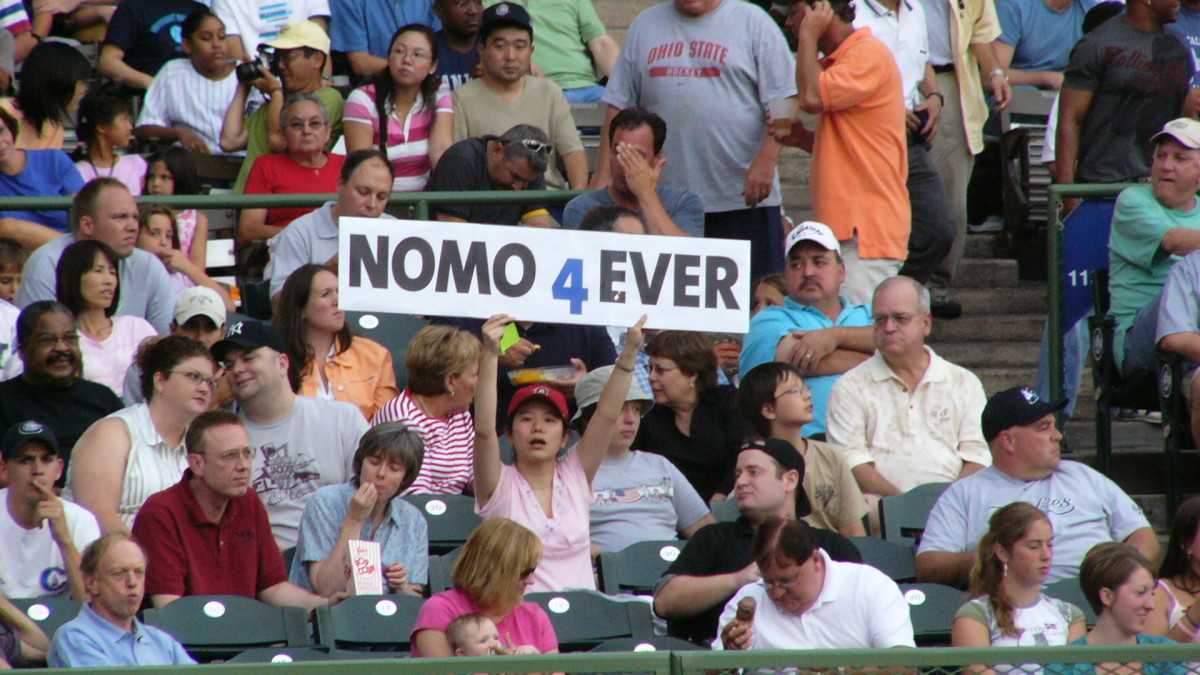 As the first superstar to come from Japan, Hideo Nomo remained popular with fans throughout his entire career, which spanned from 1995–2008.