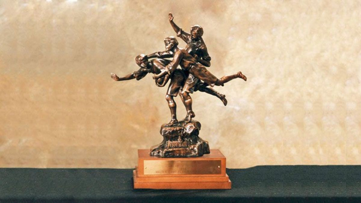 Walter Camp player of the year award