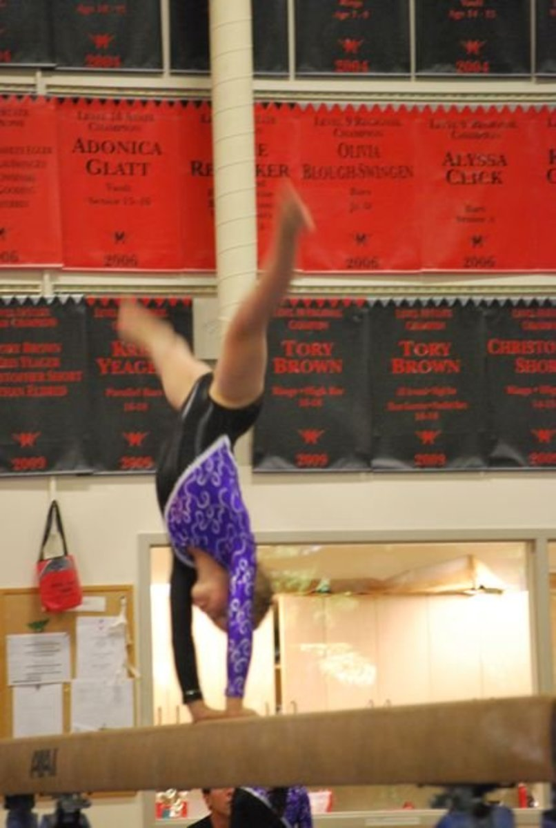Cartwheel on the beam in the Level 5 routine