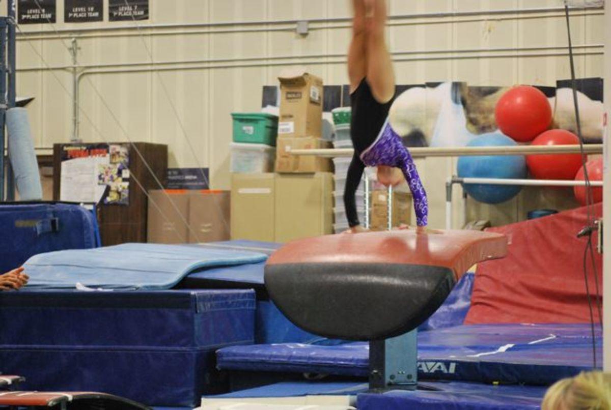 Handspring vault: Level 5 gymnastics