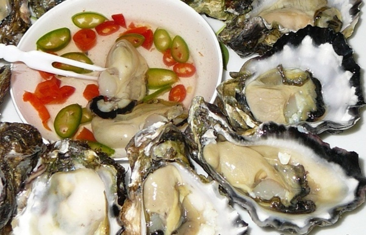 Filipino-style oyster ceviche is known as kinilaw or kilawin na talaba.