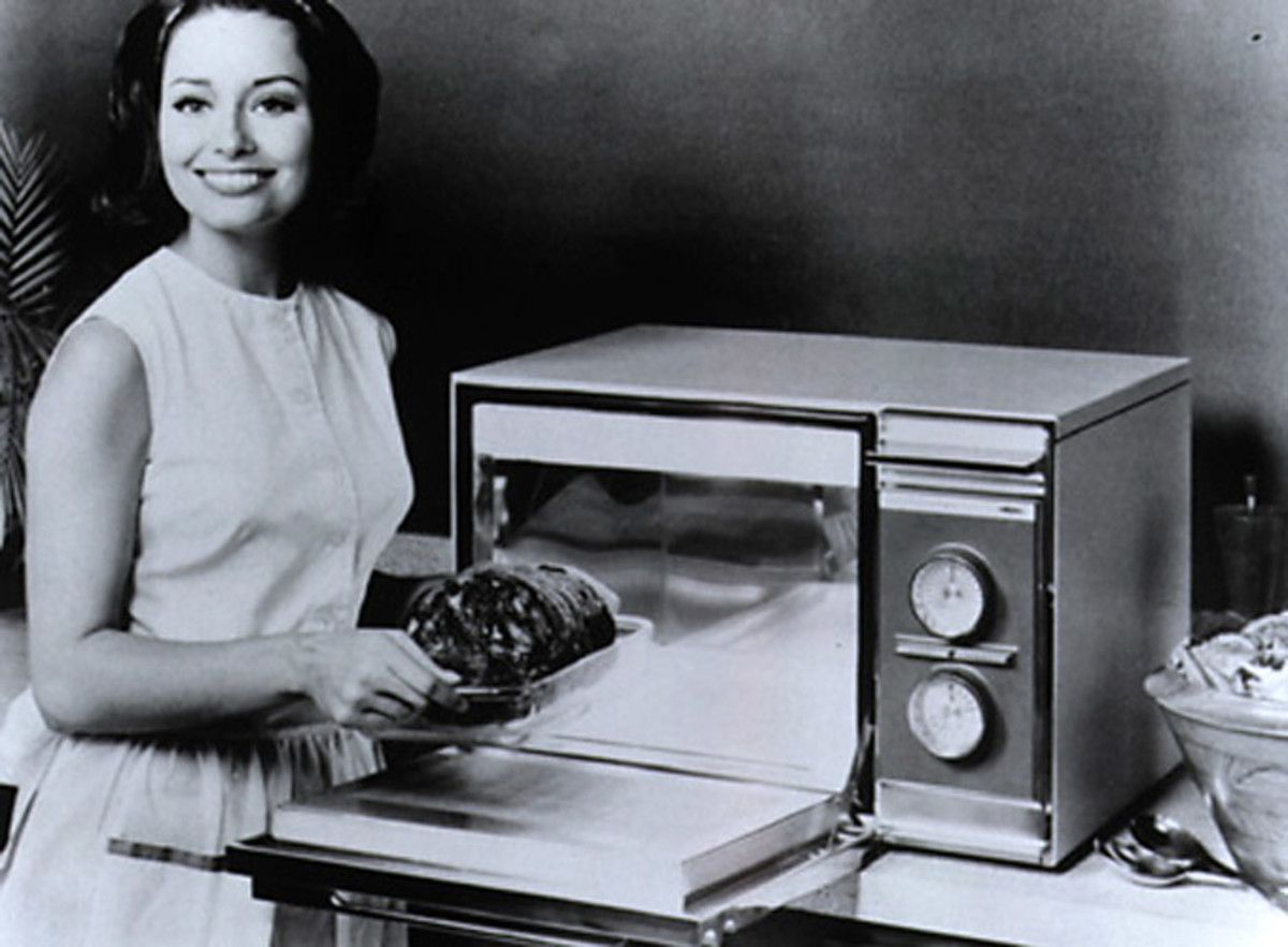 1967 Microwave oven