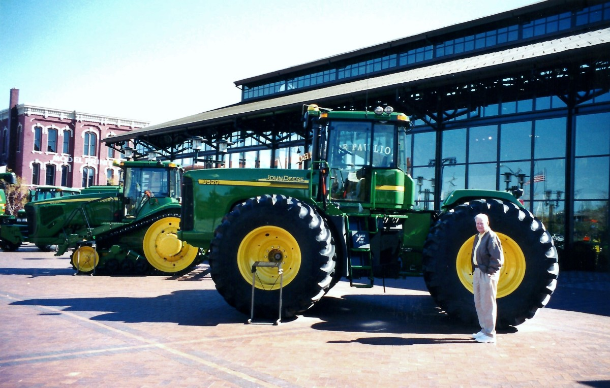 John Deere Pavilion in Moline, Illinois: Ag Business Past and Present