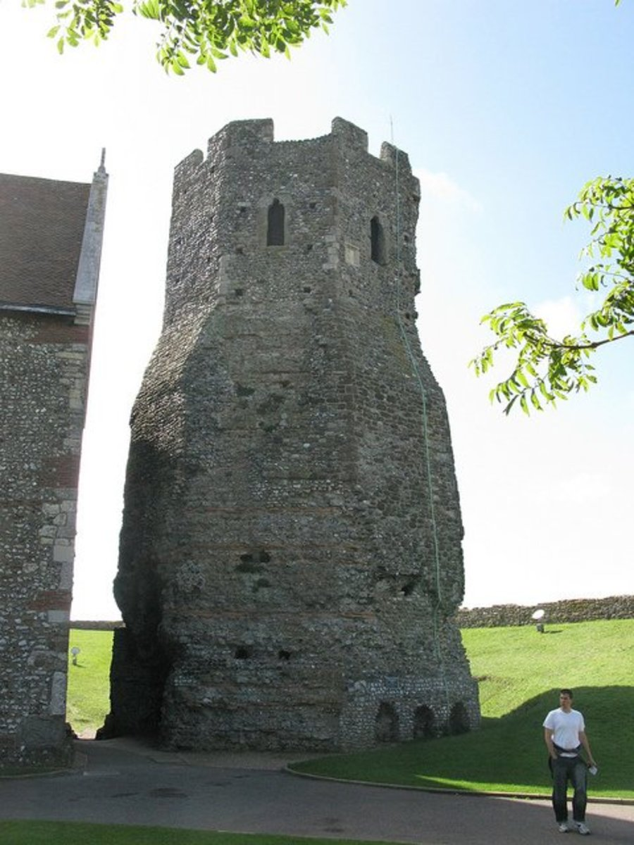 Ancient Roman Lighthouse, Dover Castle