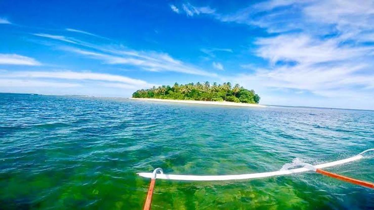 The lovely Ogis Island in Eastern Samar, Philippines.