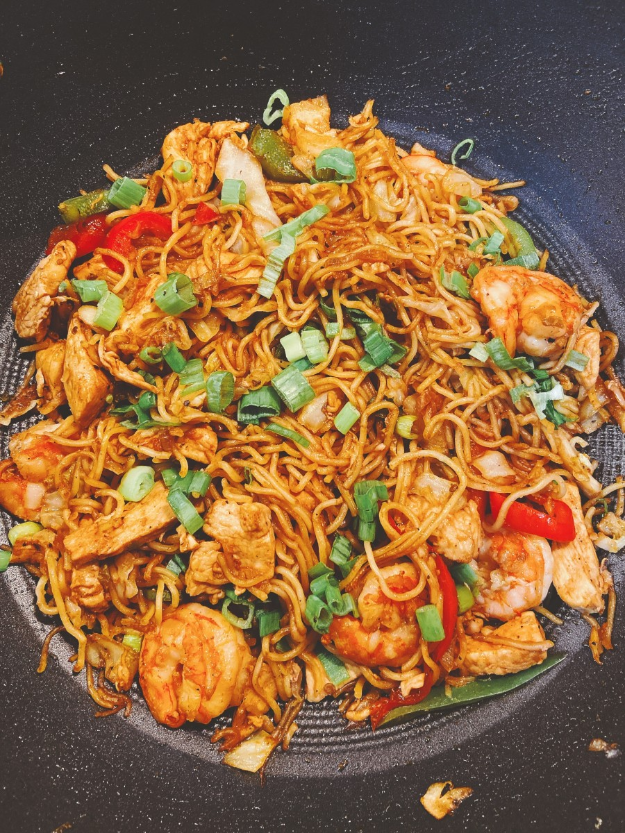 My husband and I enjoy eating delicious fried noodles for lunch or dinner.