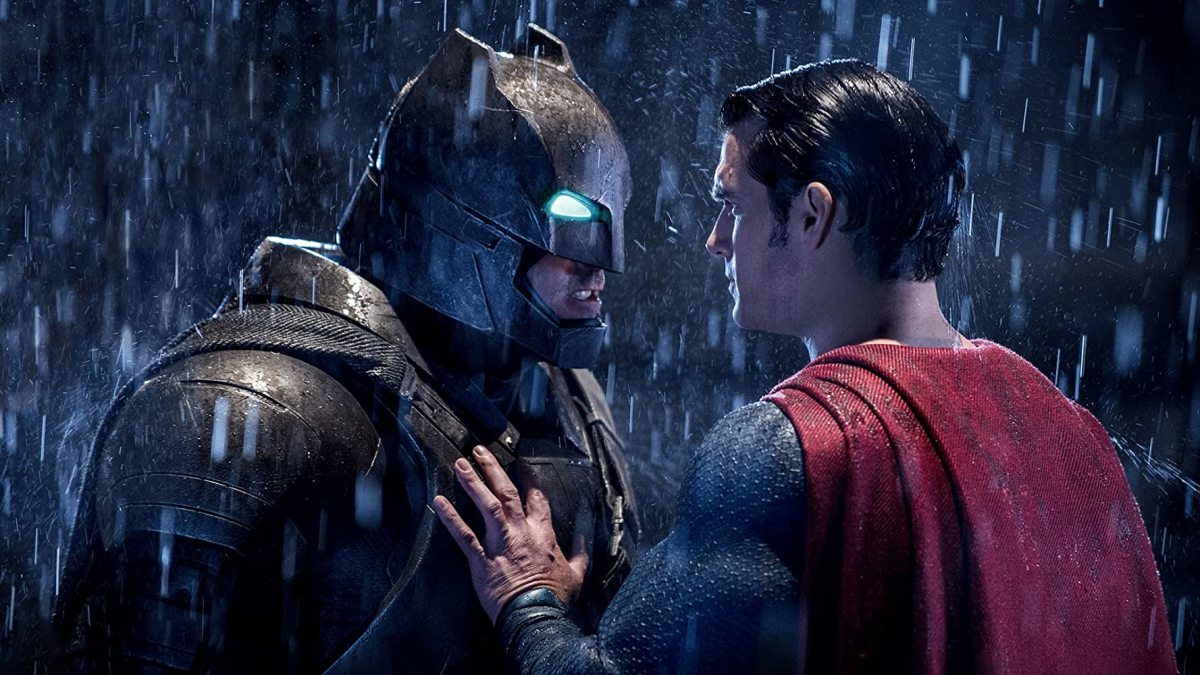 Oh hey, I guess Batman and Superman are eventually supposed to fight... IN A MOVIE CALLED 'BATMAN V SUPERMAN'!