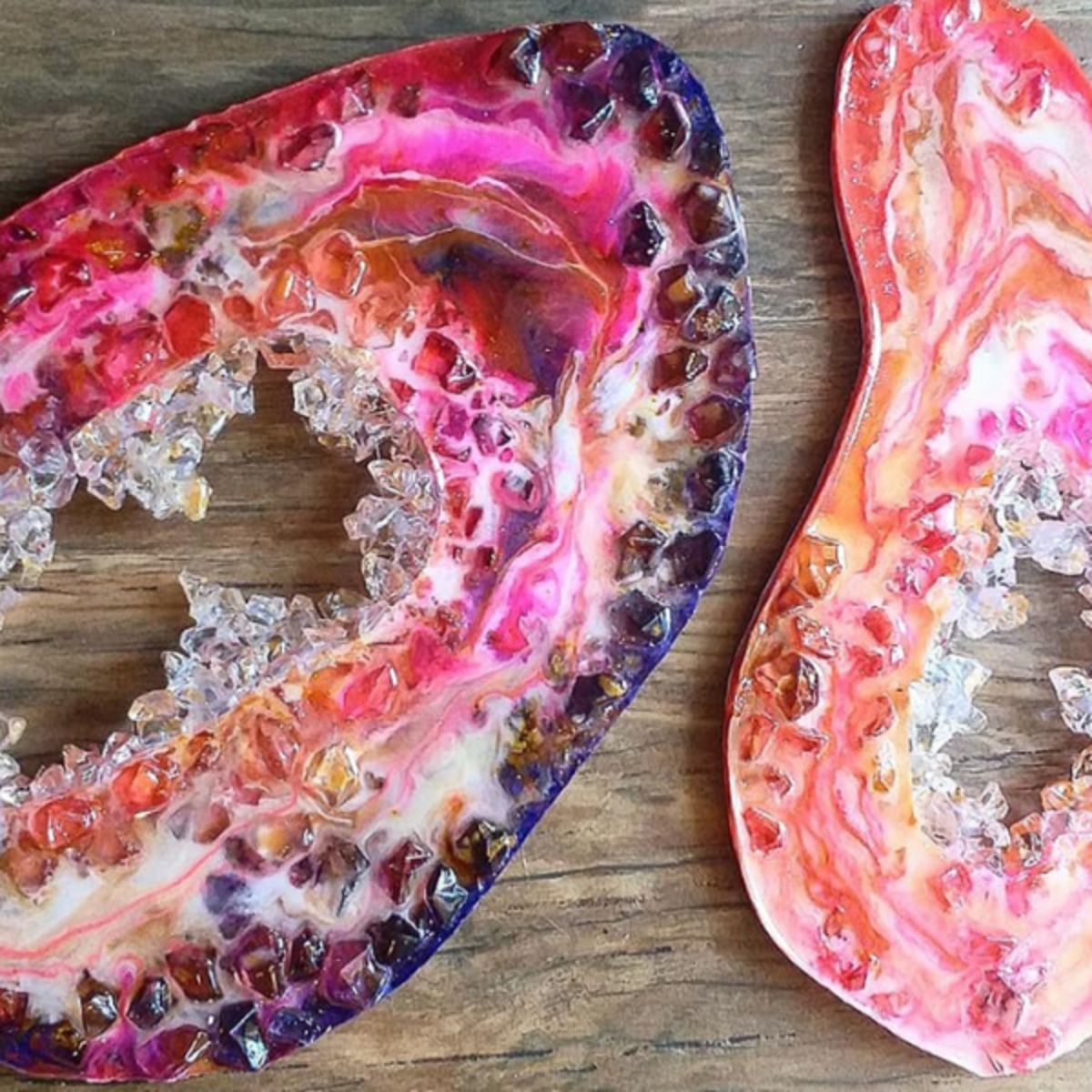 Add the plastic crystals to the center of the geode.