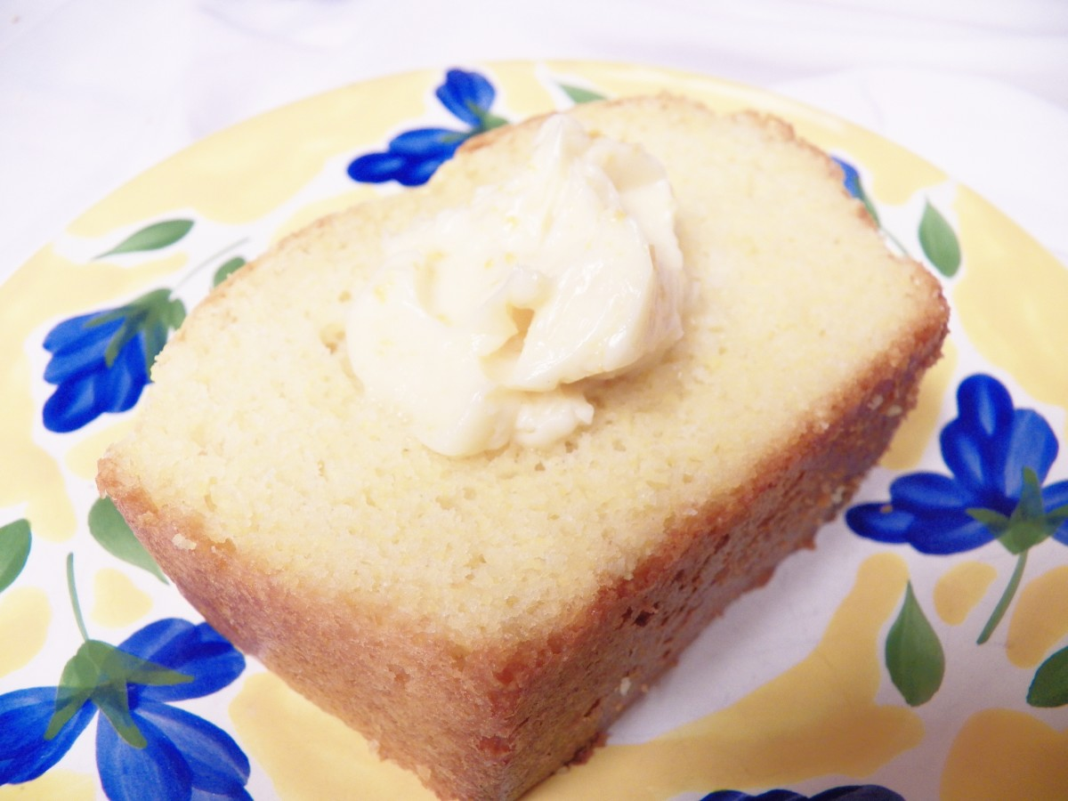 Marie Calender's Sweet Cornbread Recipe
