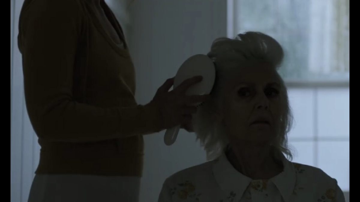 netflix-halloween-countdown-i-am-the-pretty-thing-that-lives-in-the-house-2020