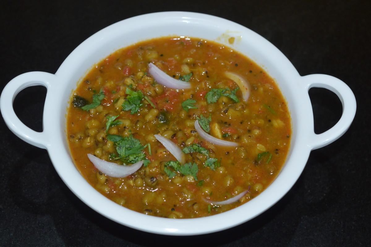 Green Gram (Mung Bean) Curry