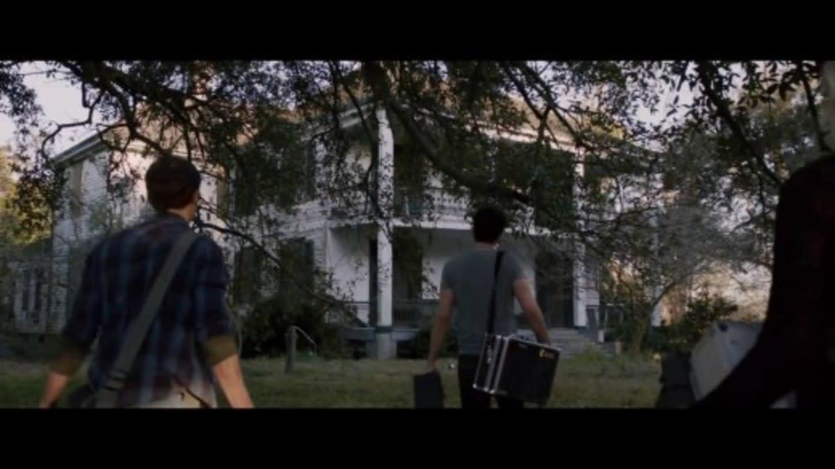 netflix-halloween-countdown-demonic-2020