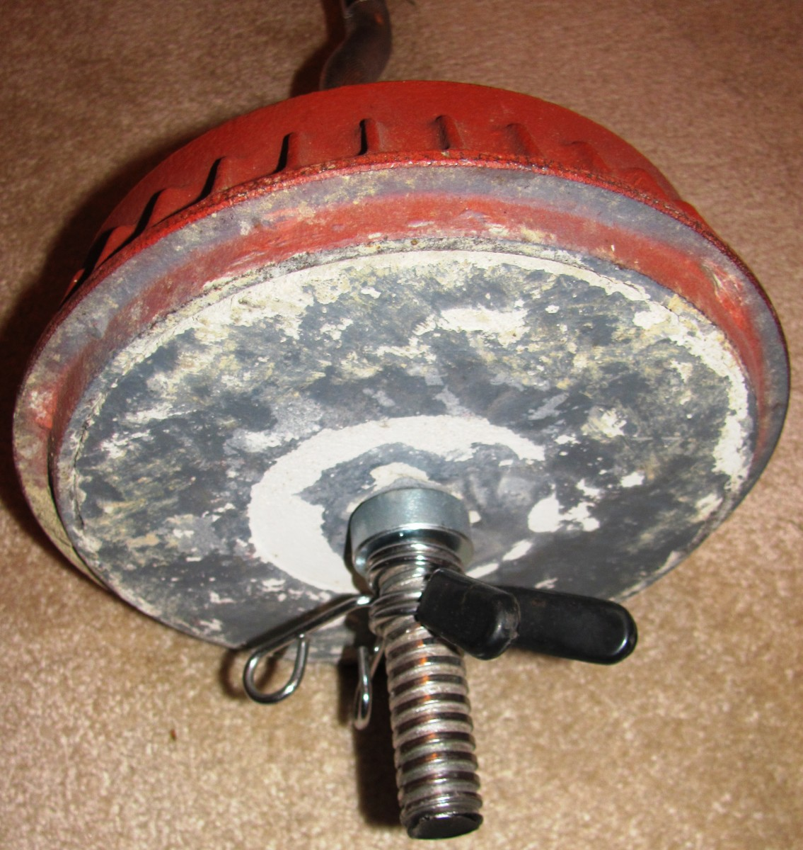 Homemade weights have a frugal flair.  Thanks to spray paint, they can also be fashionable.