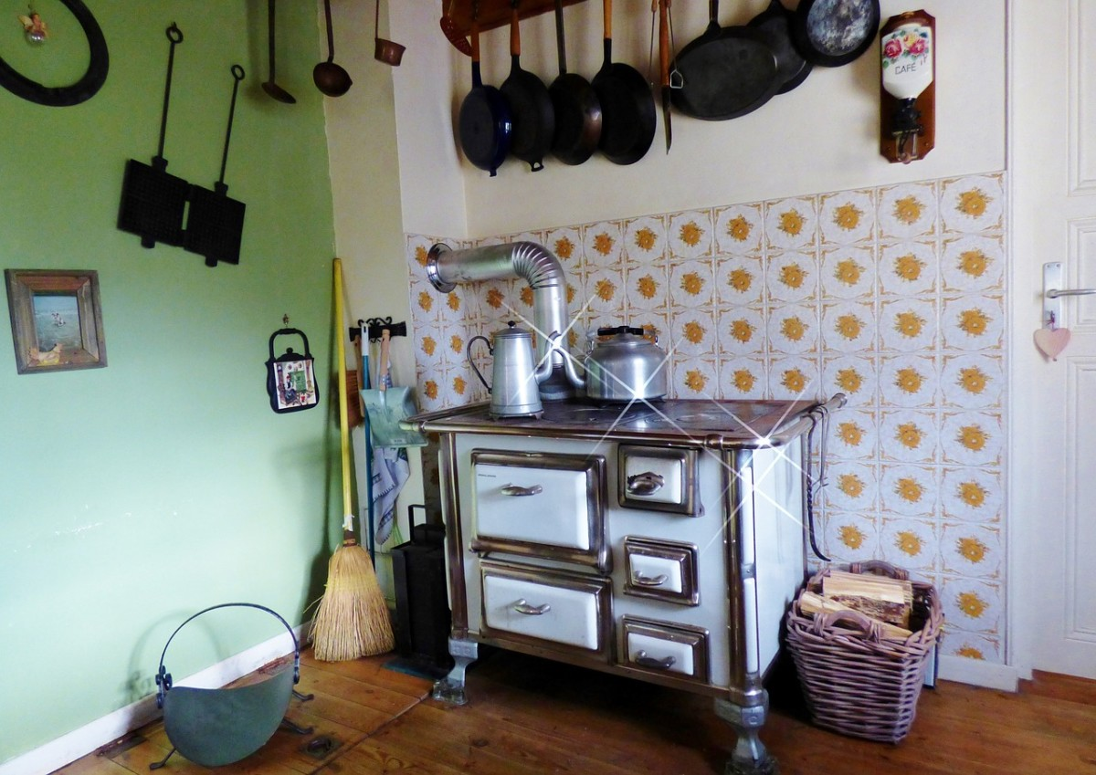 A homey but very small kitchen