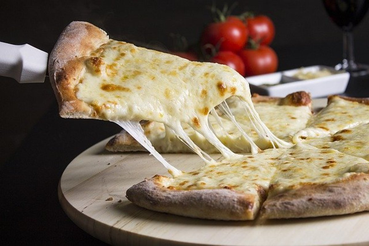 Cheesy Pizza