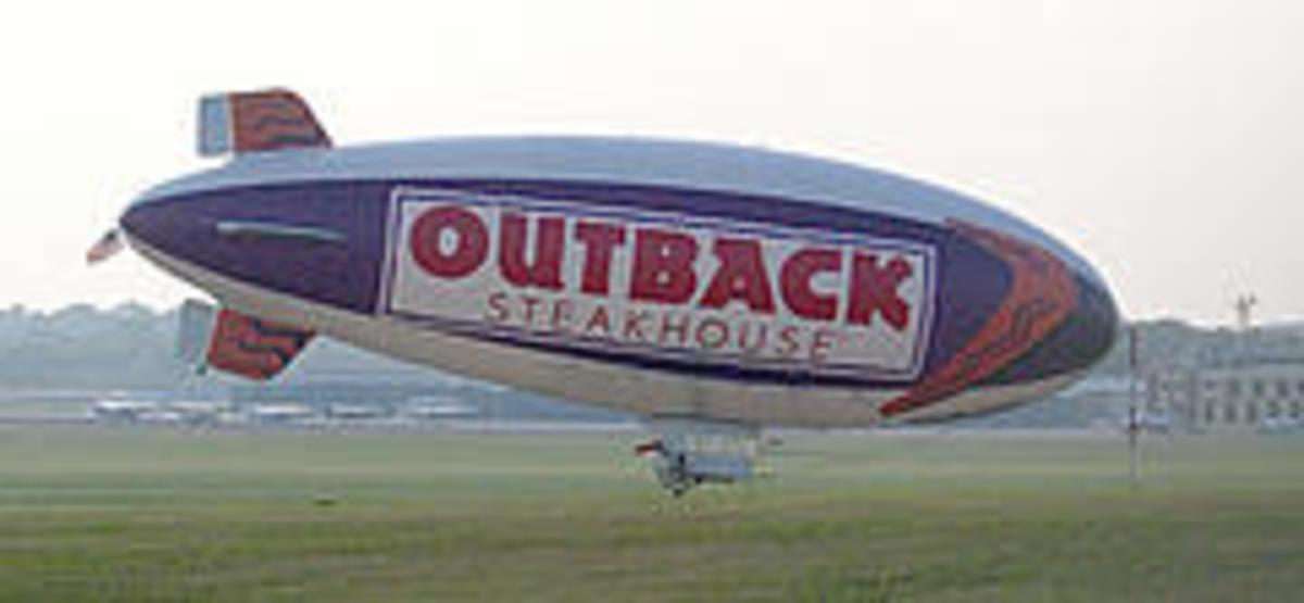 Outback Steakhouse Blimp