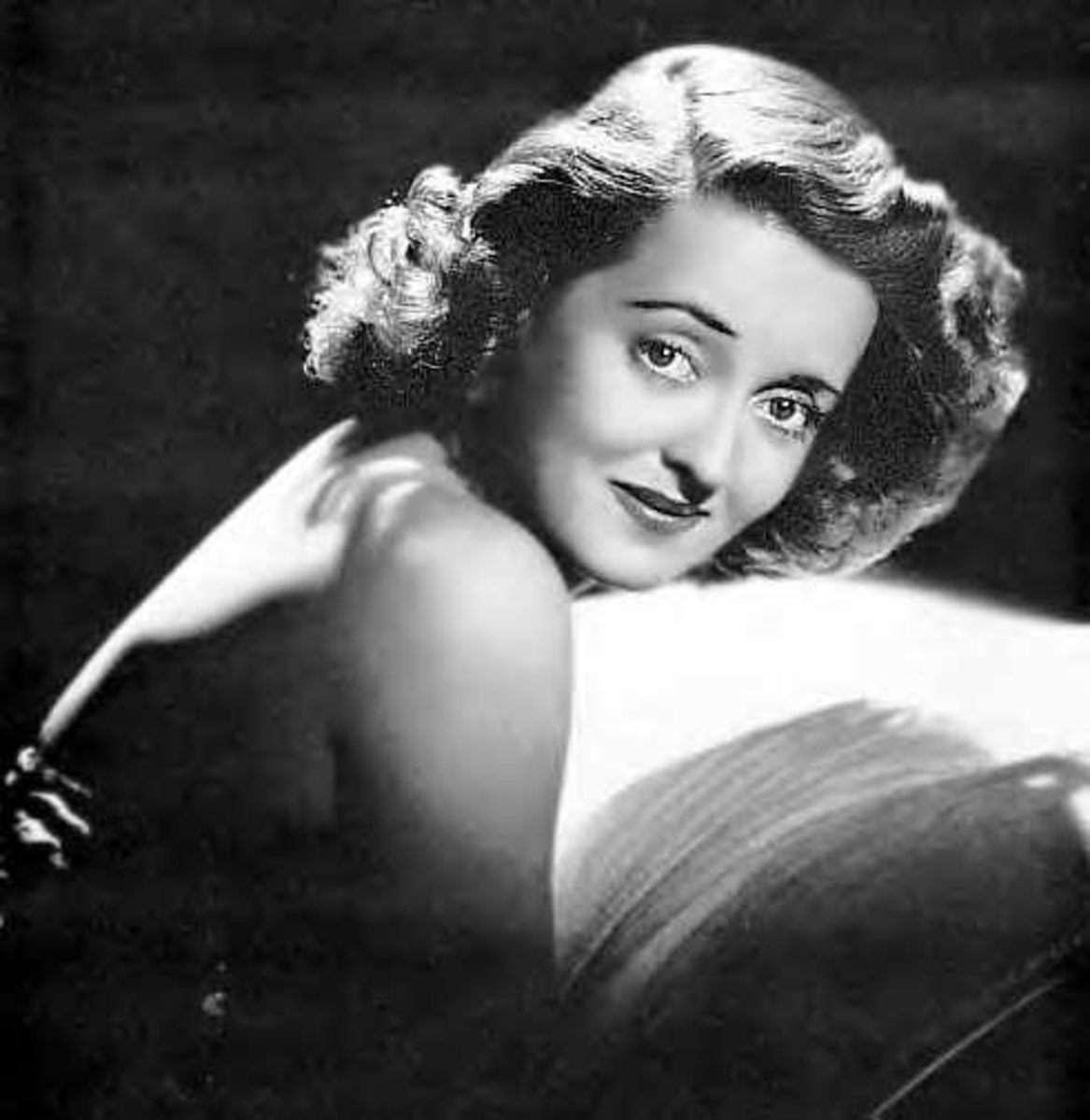 Bette Davis, an American icon, in the 1930s