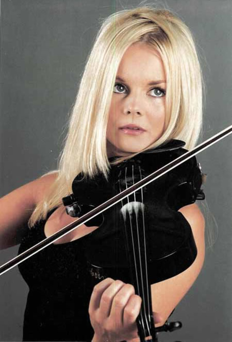 Mairead Nesbitt - Biography, Pictures, Videos
