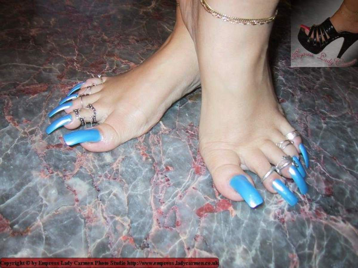 Yahoo! Answers - Do most Asian girls have Long Toenails?
