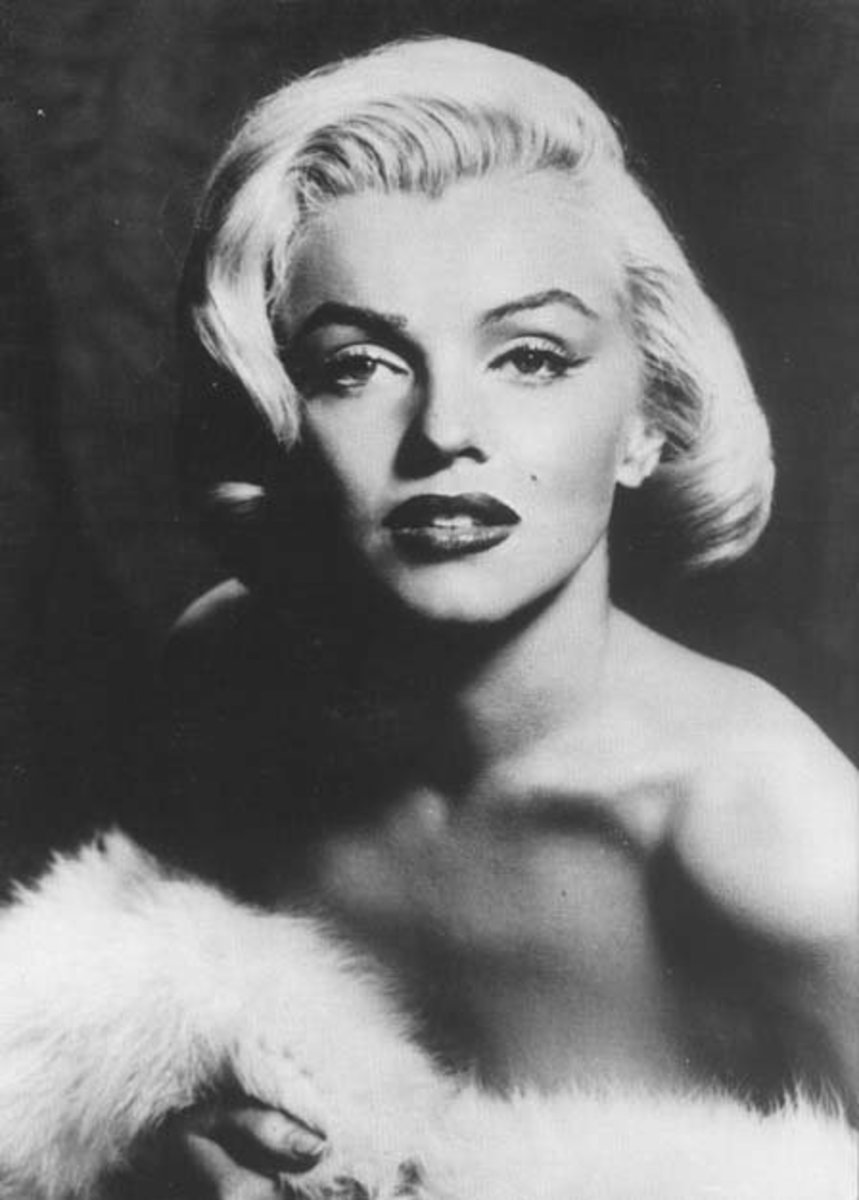 marilyn_monroe_hollywood_sex_symbol
