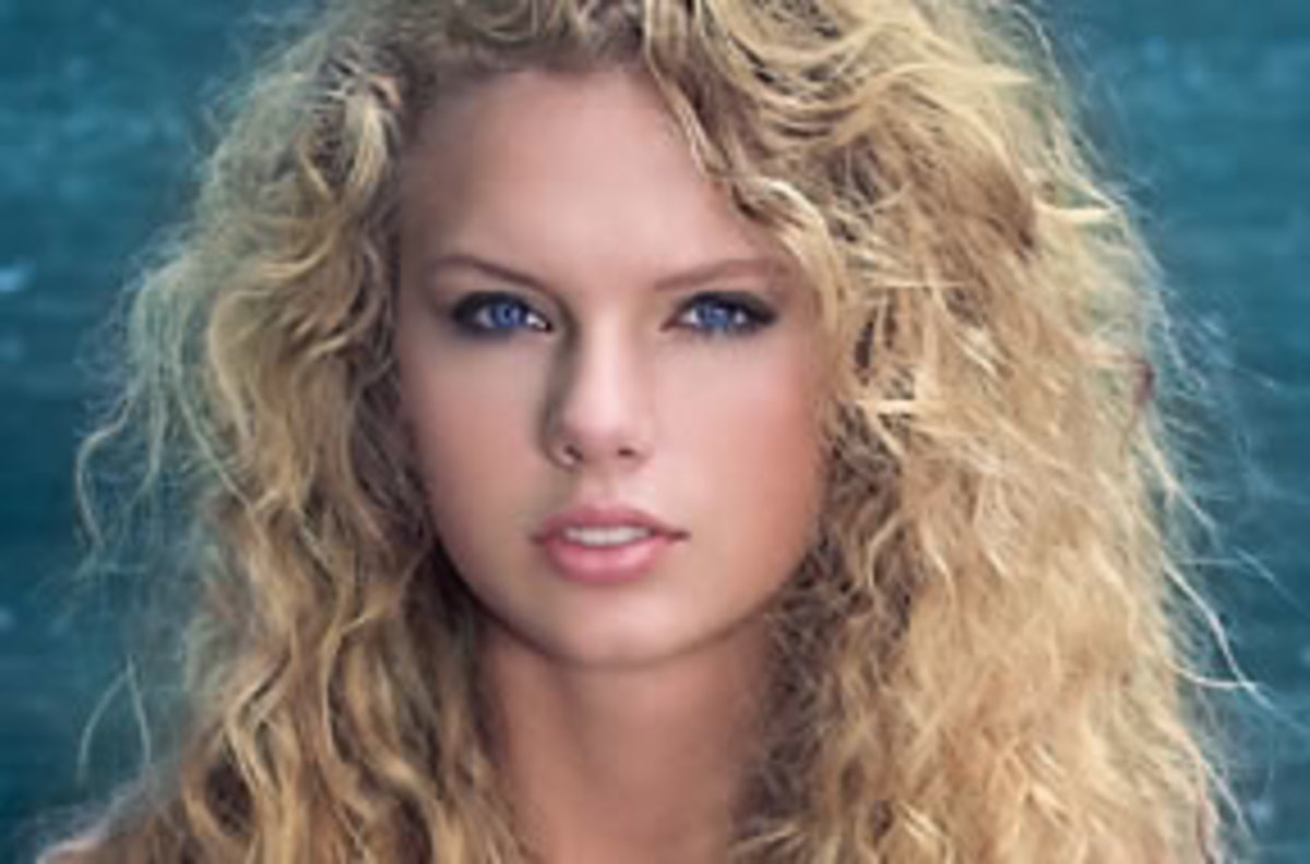 Taylor Swift - Biography, Lyrics, Videos, Pictures