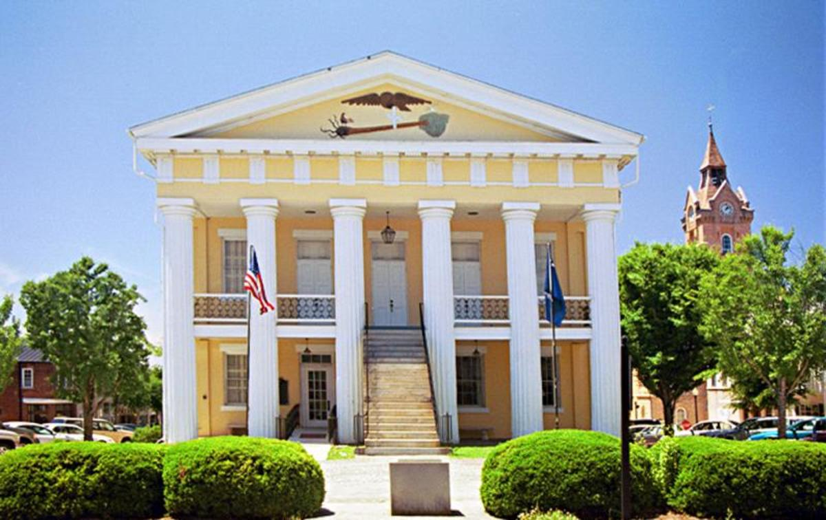 The Old Newberry S.C. Courthouse Designed by Jocob Graves and built by John Damron. Newberry County's fourth courthouse was erected in 1852.