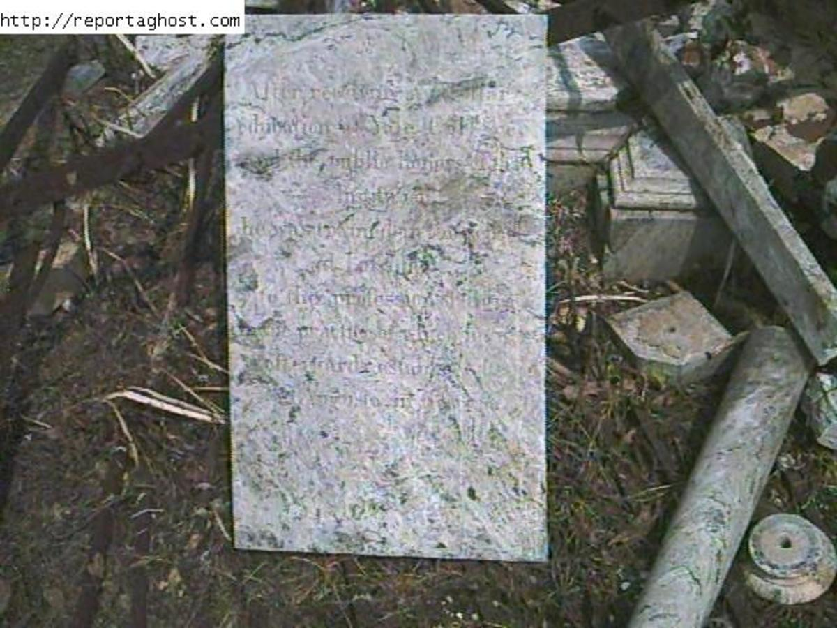 Almost Completly Destroyed Tomb Close Up 2