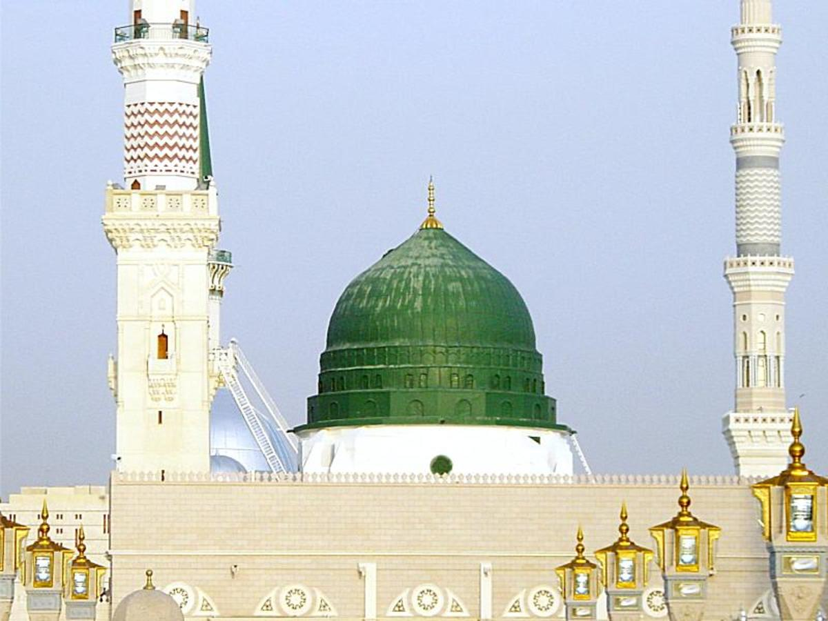 Visit of holy places in madina munawarra ziarats hubpages for Places to go for a mini vacation