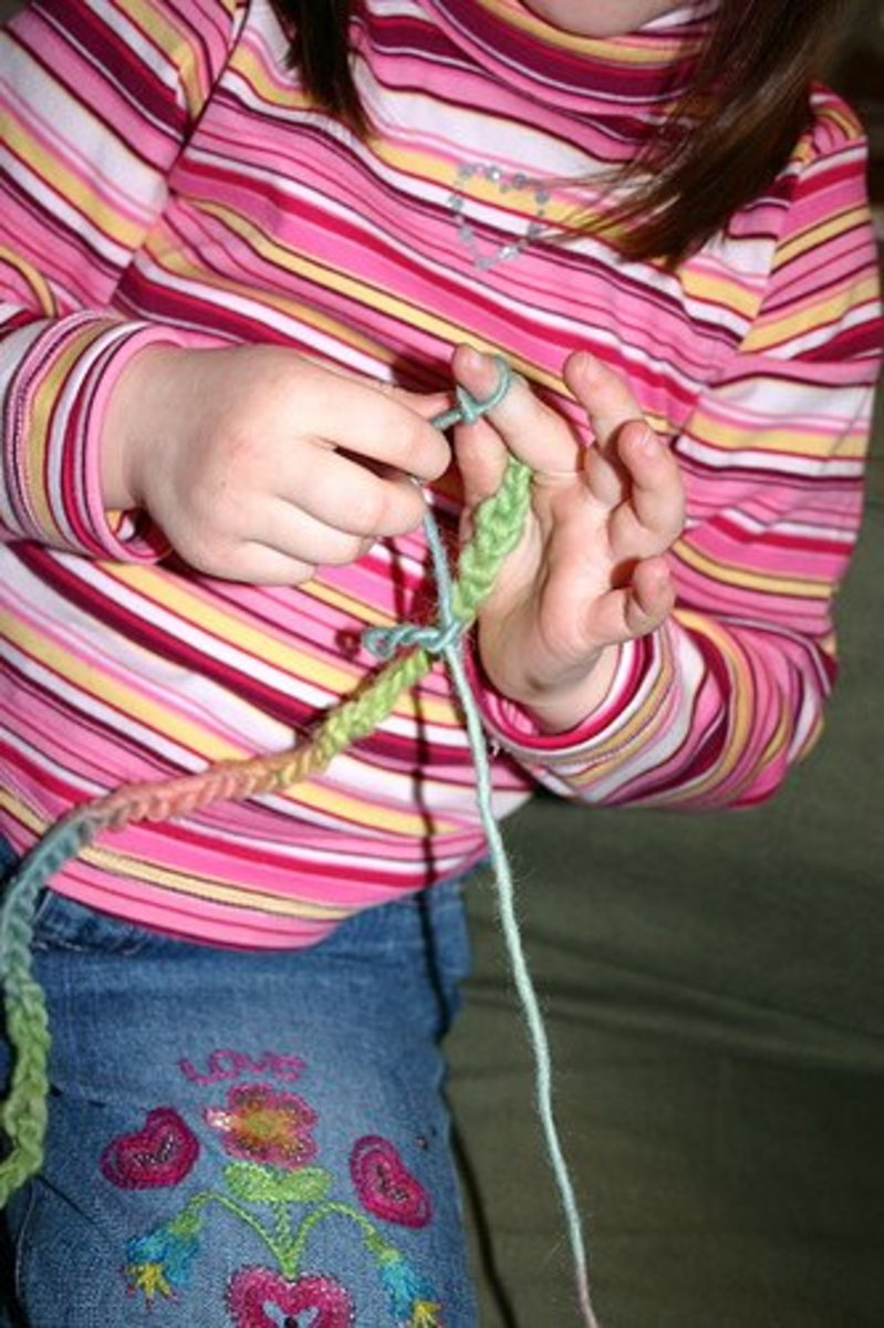how-to-teach-a-child-to-knit-or-crochet