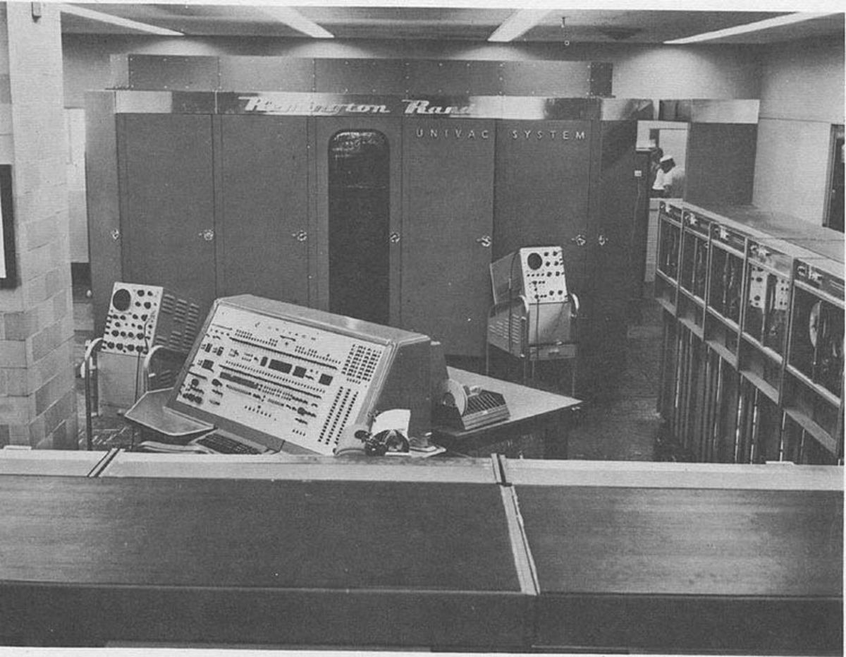 UNIVAC I used by the U.S. Navy.