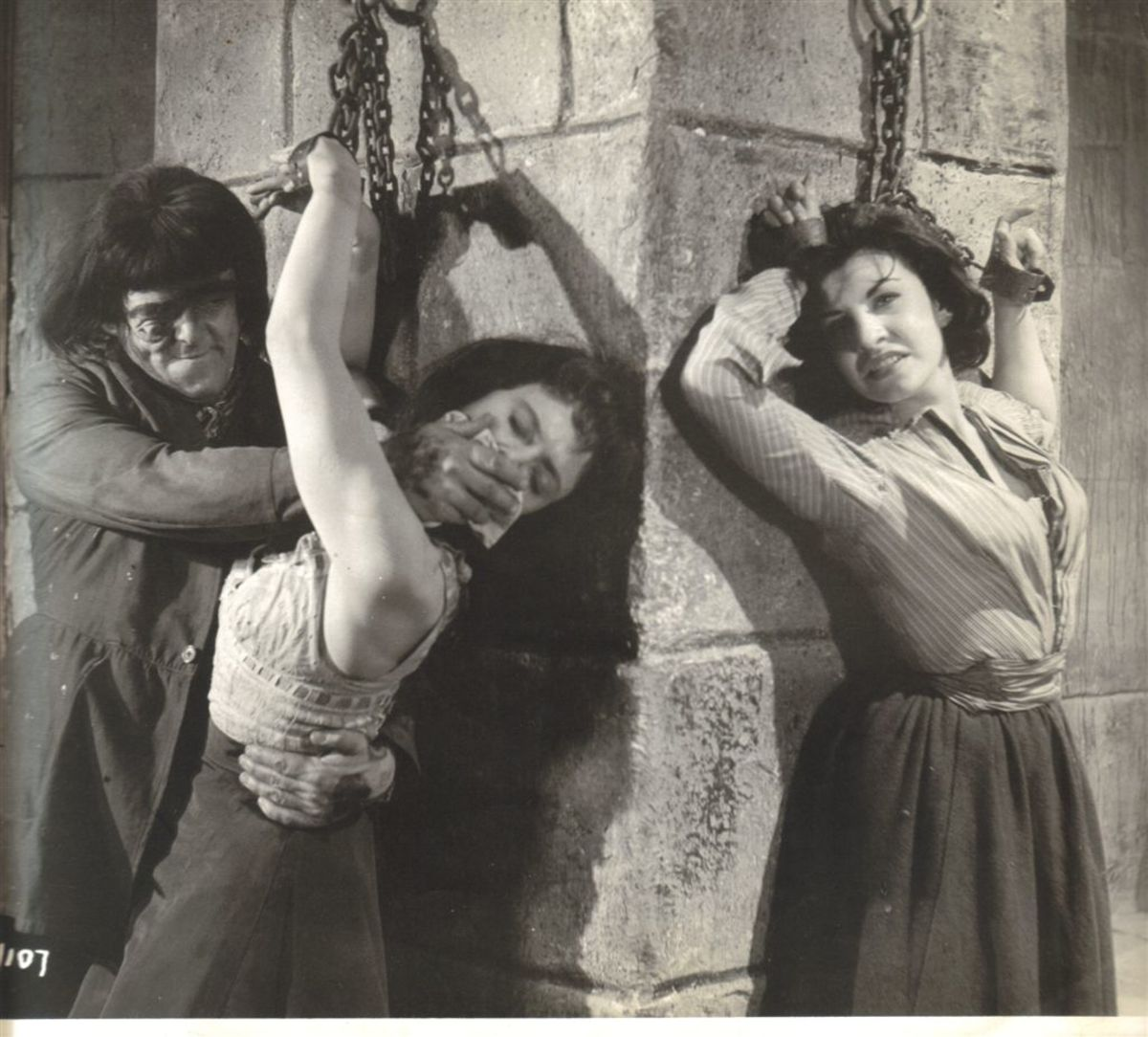 Mary (far right), with Victor Maddern in Blood of the Vampire.