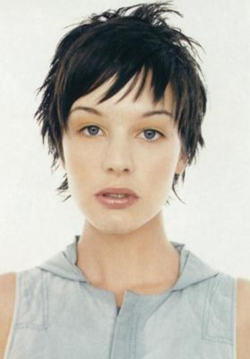 short choppy hairstyles for women pictures gallery
