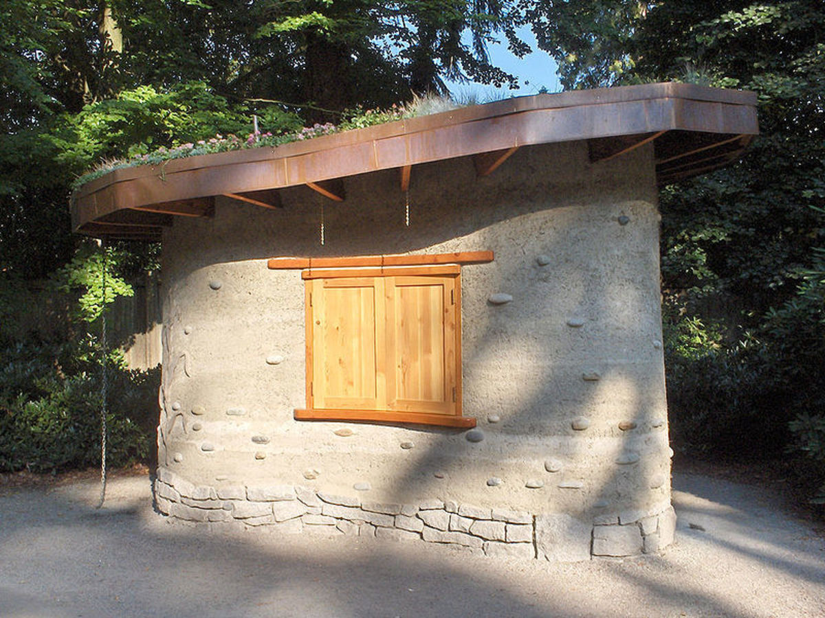The living roof on this cob house draws customers to buy organic popcorn to help support Stanley Park's ecological programs in BC.