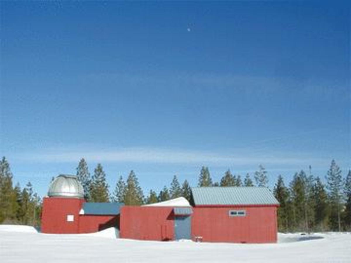 Henry Grieb Observatory at Blue Canyon in winter