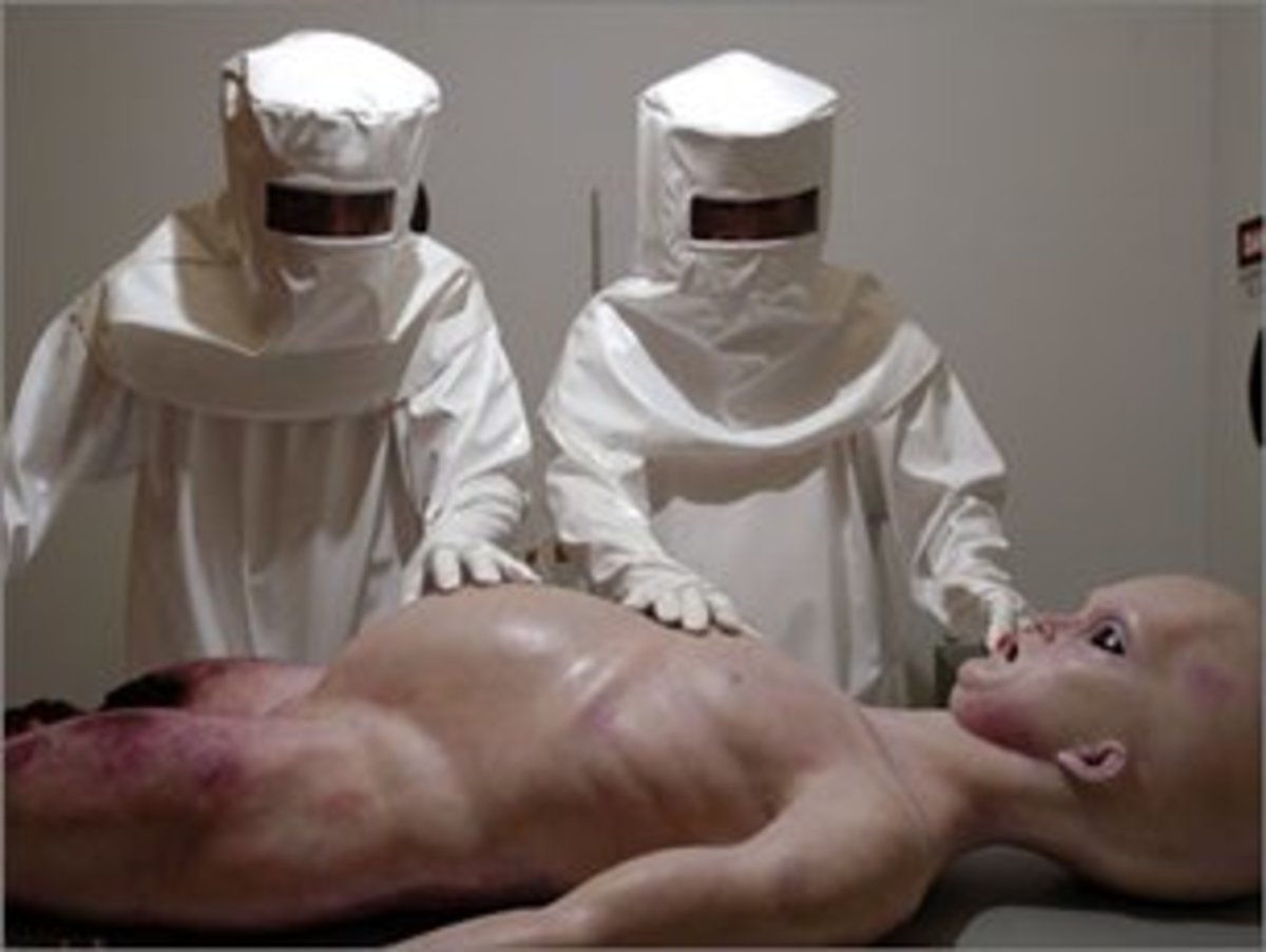 Is this a real photo from a real alien autopsy?